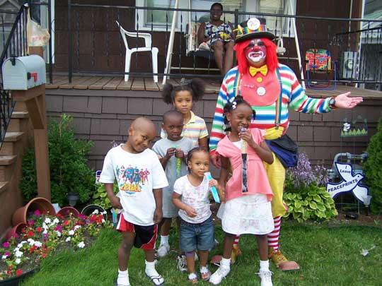 Irvin D. Clown and children